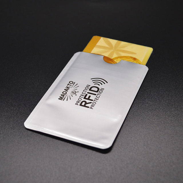 Rfid-Reader-card-holder.jpg